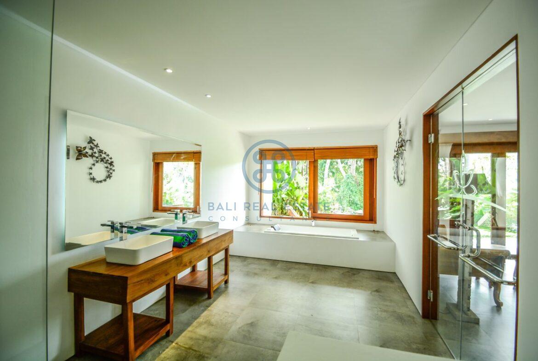 10 bedrooms hotel retreat hillside sunset ubud for sale rent 55 1 scaled