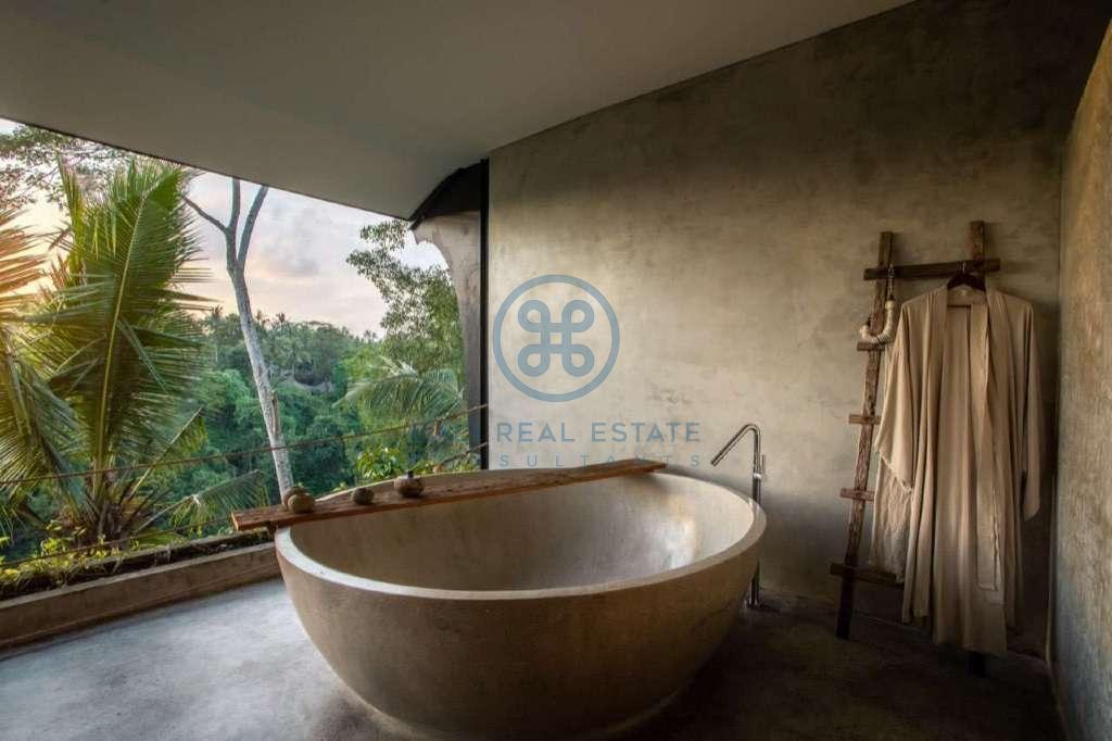 19 bedrooms hotel retreat hillside sunset ubud for sale rent 13