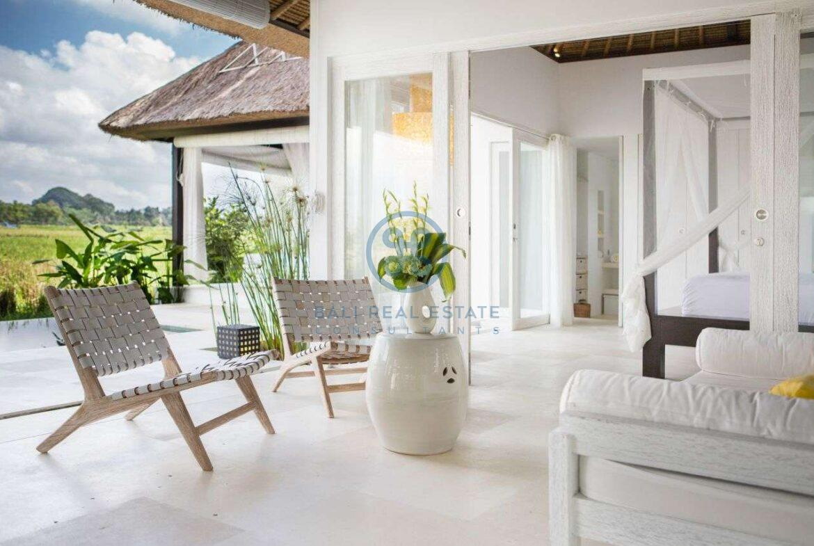 2 bedrooms tropical villa ricefield ubud for sale rent 17