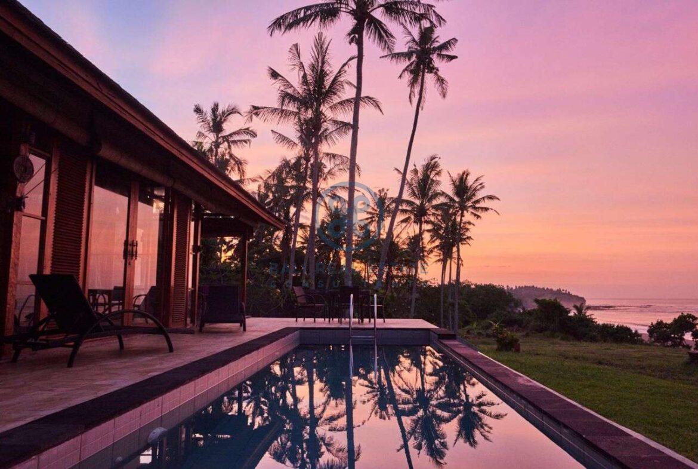 2 bedrooms villa beachfront sunset view balian for sale rent 42