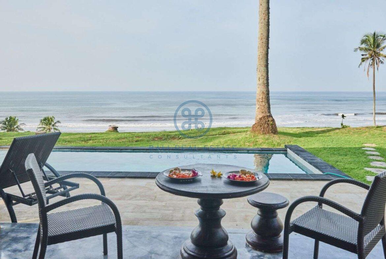 2 bedrooms villa beachfront sunset view balian for sale rent 56