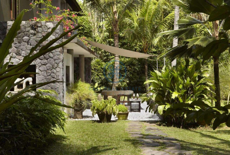 2 bedrooms villa estate river view ubud for sale rent 6