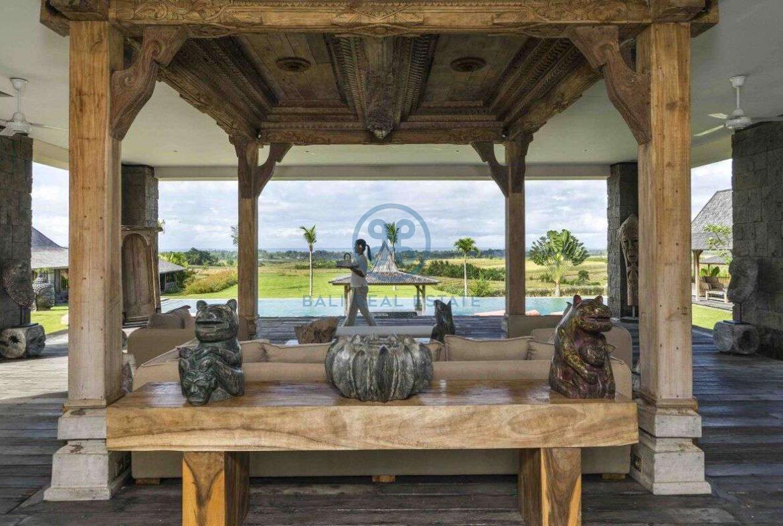 24 bedrooms retreat ocean view tanah lot for sale rent 10