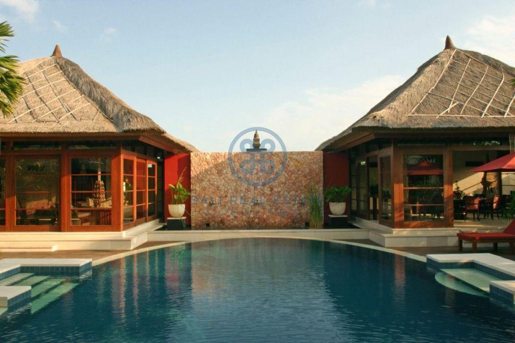 3 bedroom project villa seminyak for sale rent 13