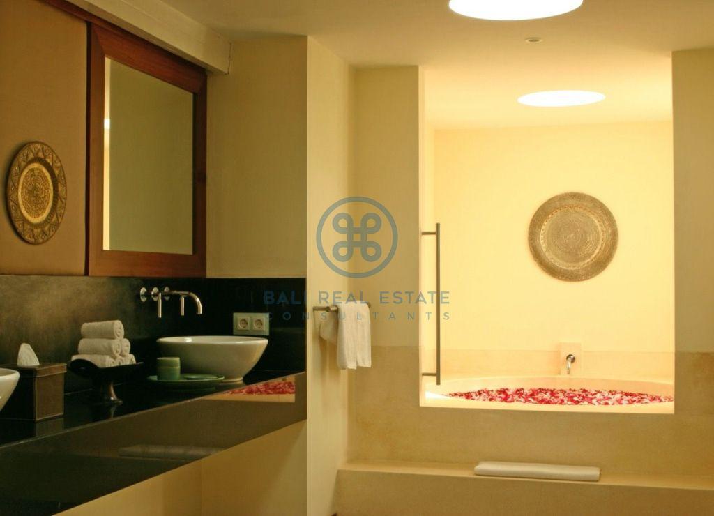 3 bedroom project villa seminyak for sale rent 19