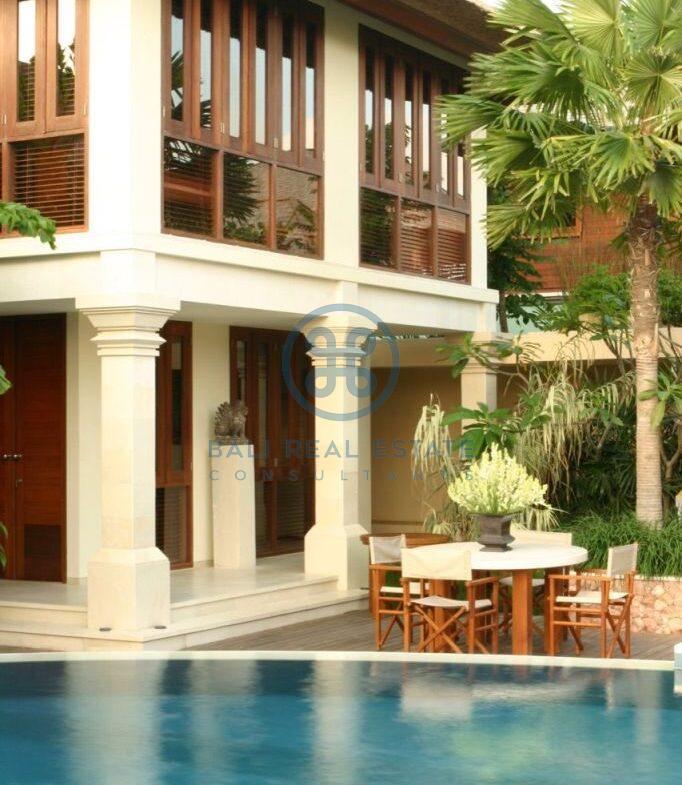 3 bedroom project villa seminyak for sale rent 5