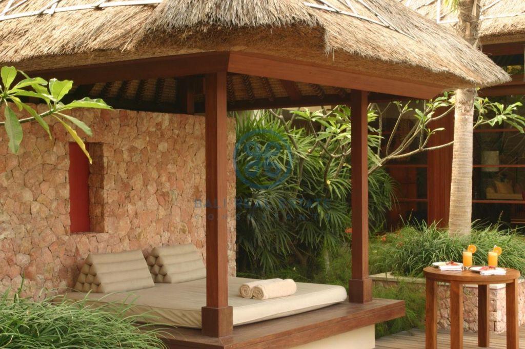 3 bedroom project villa seminyak for sale rent 9