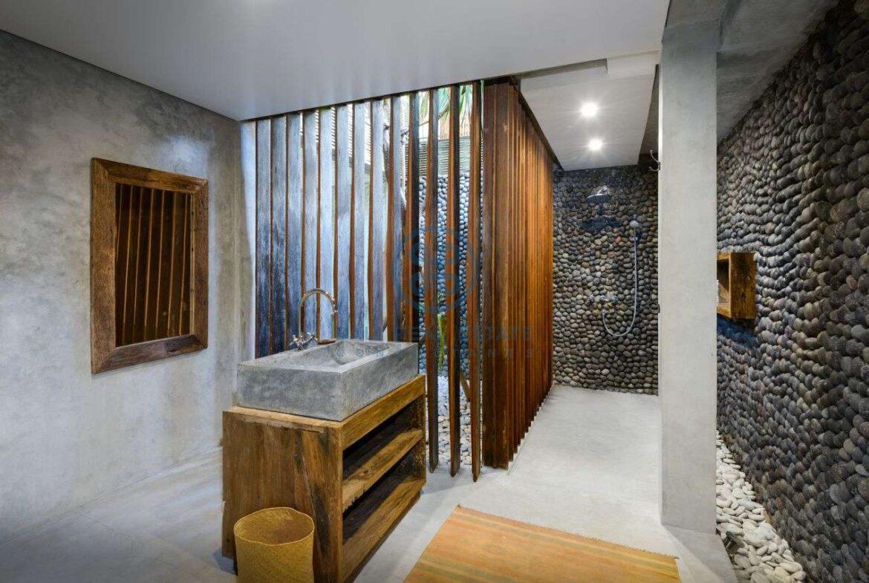 3 bedrooms designer villa in exclusive community ubud for sale rent 4