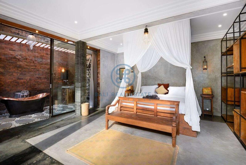 3 bedrooms designer villa in exclusive community ubud for sale rent 5