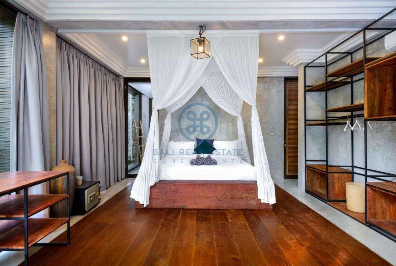 3 bedrooms designer villa in exclusive community ubud for sale rent 7