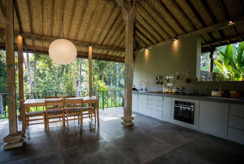 3 bedrooms traditional villa bali ubud for sale rent 21