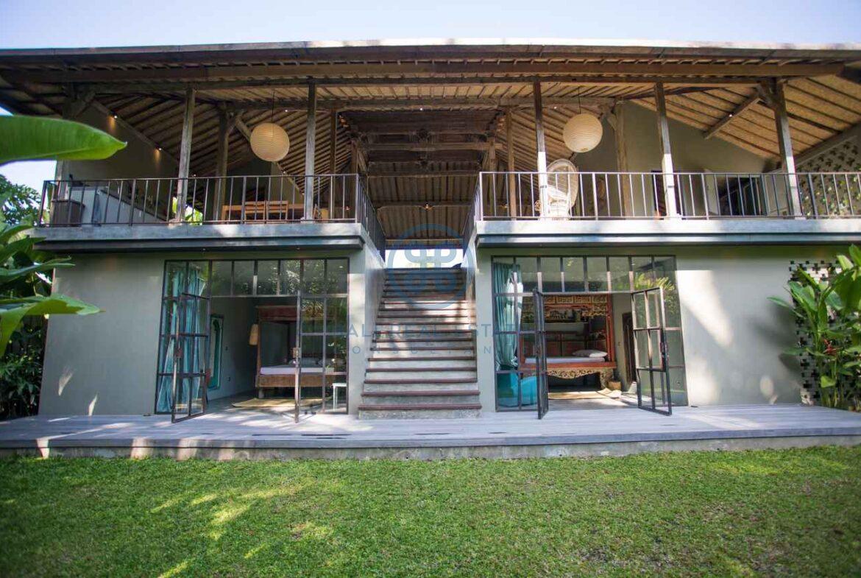 3 bedrooms traditional villa bali ubud for sale rent 23