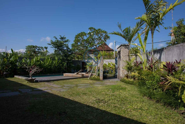 3 bedrooms traditional villa bali ubud for sale rent 24