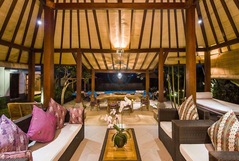 3 bedrooms villa bali style ricefield view kedungu for sale rent 35