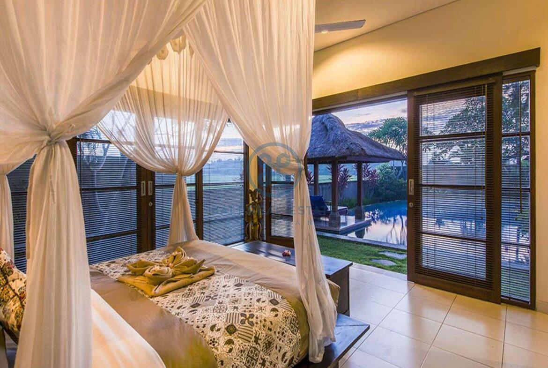 3 bedrooms villa bali style ricefield view kedungu for sale rent 37