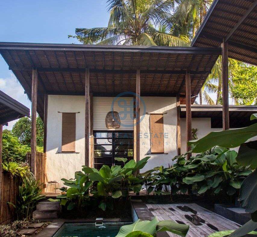 3 bedrooms villa in central ubud for sale rent 1