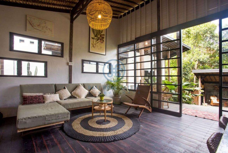 3 bedrooms villa in central ubud for sale rent 12