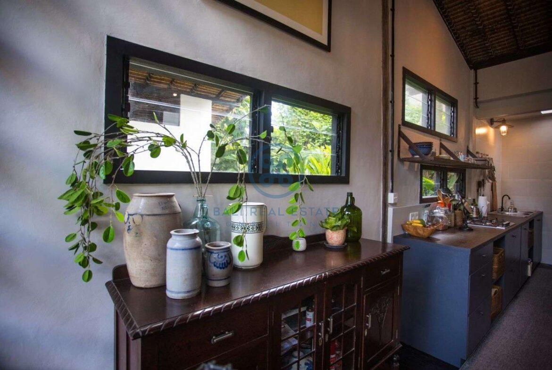3 bedrooms villa in central ubud for sale rent 16