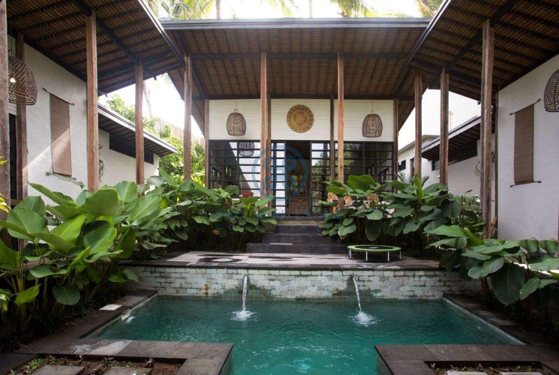 3 bedrooms villa in central ubud for sale rent 2