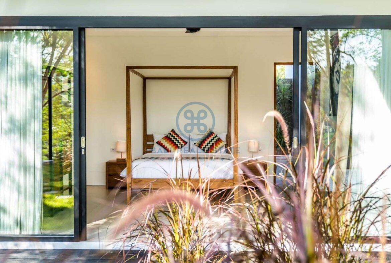 3 bedrooms villa valley view ubud for sale rent 55