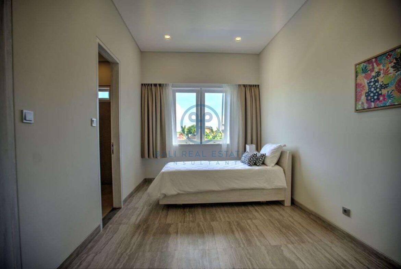 4 bedroom villa beachside sanur for sale rent 13