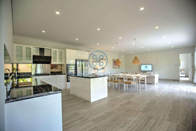 4 bedroom villa beachside sanur for sale rent 8