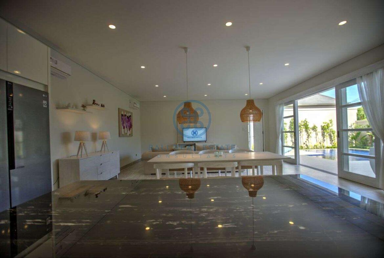 4 bedroom villa beachside sanur for sale rent 9