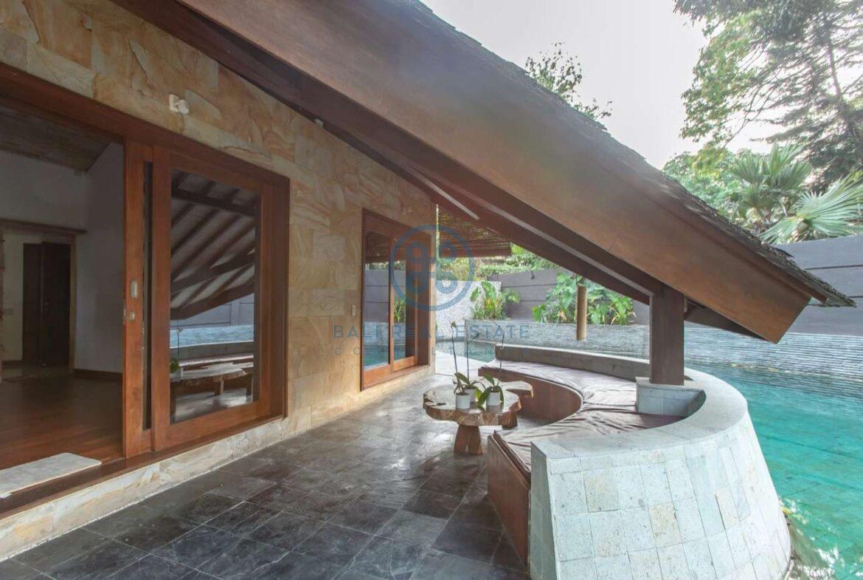 4 bedrooms designer villa seminyak for sale rent 11 scaled