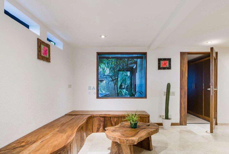 4 bedrooms designer villa seminyak for sale rent 12 scaled