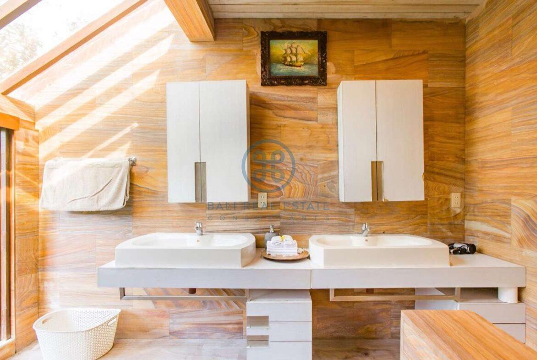 4 bedrooms designer villa seminyak for sale rent 13 scaled