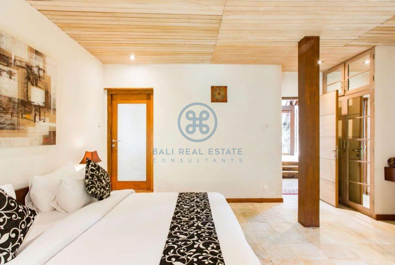 4 bedrooms designer villa seminyak for sale rent 14 scaled