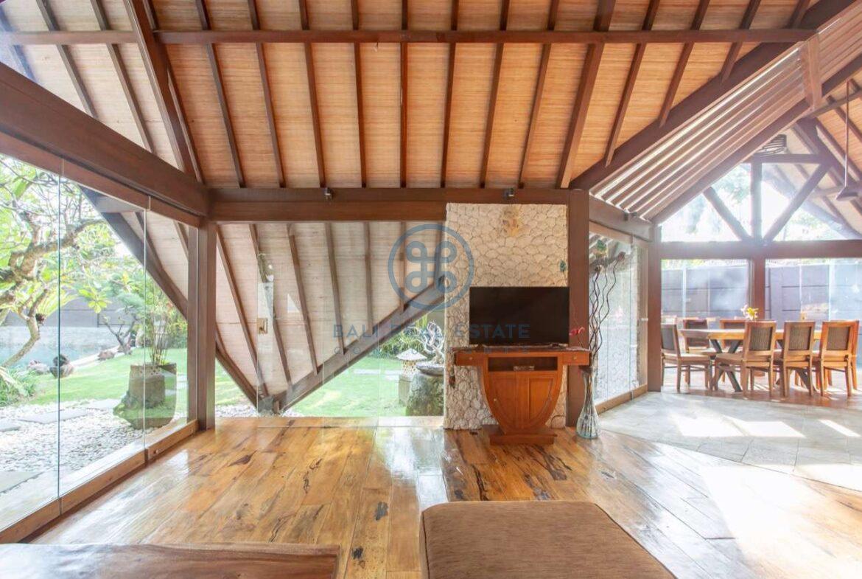 4 bedrooms designer villa seminyak for sale rent 8 scaled