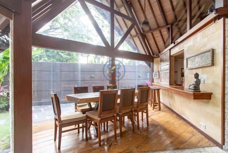 4 bedrooms designer villa seminyak for sale rent 9 scaled