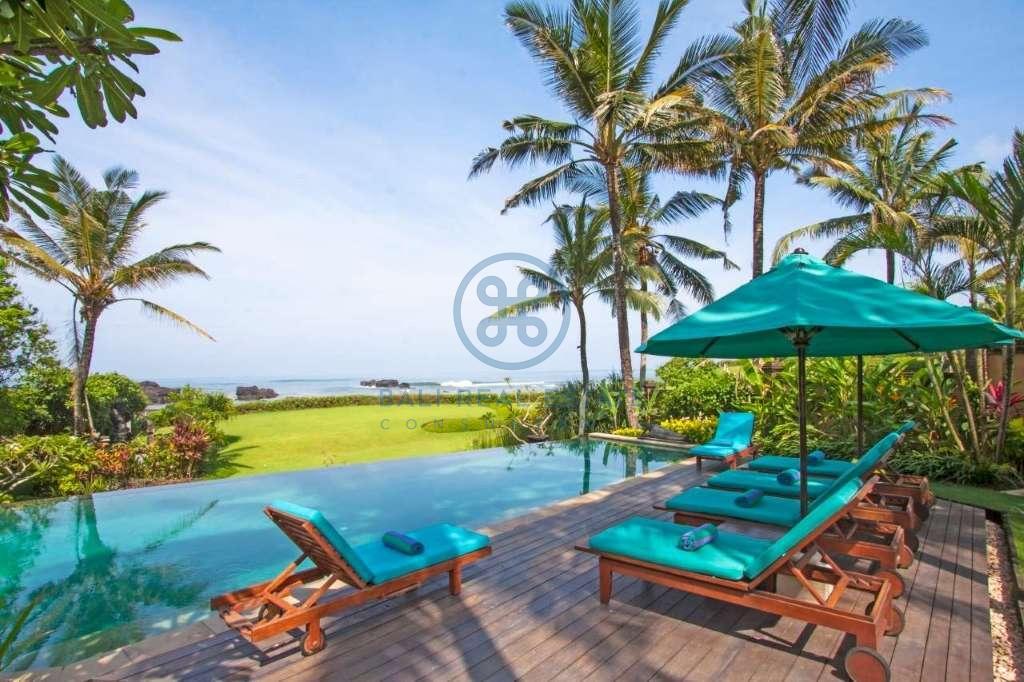 4 bedrooms villa beach front cemagi for sale rent 2