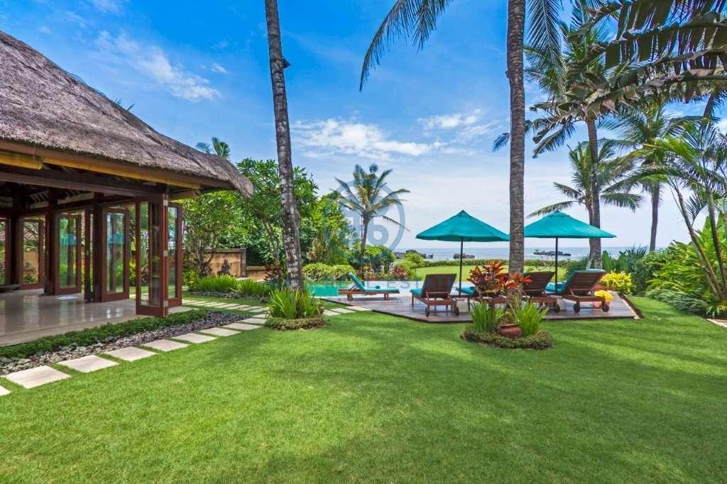 4 bedrooms villa beach front cemagi for sale rent 9