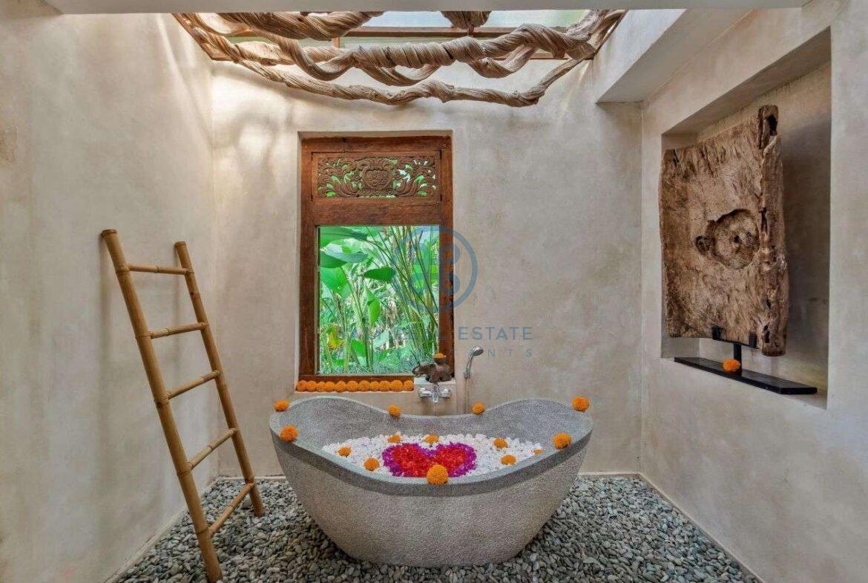 4 bedrooms villa estate jungle view ubud for sale rent 12