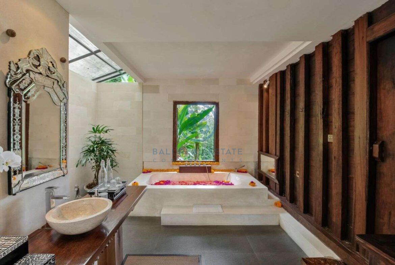 4 bedrooms villa estate jungle view ubud for sale rent 15