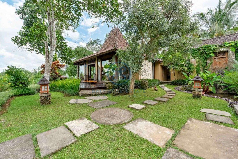4 bedrooms villa estate jungle view ubud for sale rent 24