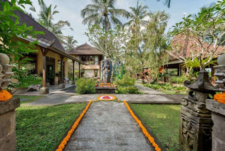 4 bedrooms villa estate jungle view ubud for sale rent 5