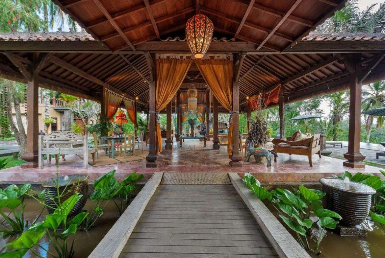 4 bedrooms villa estate jungle view ubud for sale rent 7