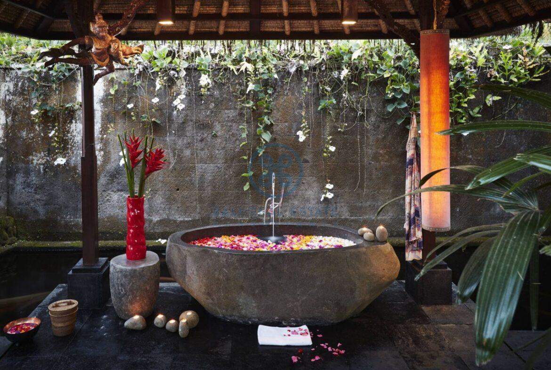 4 bedrooms villa estate moutain view ubud for sale rent 14