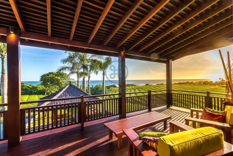 4 bedrooms villa ricefield ocean view beraban for sale rent 10 scaled