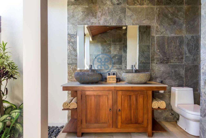 4 bedrooms villa ricefield ocean view beraban for sale rent 20 scaled