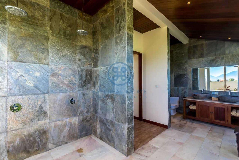 4 bedrooms villa ricefield ocean view beraban for sale rent 26 scaled