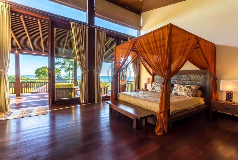 4 bedrooms villa ricefield ocean view beraban for sale rent 9 scaled