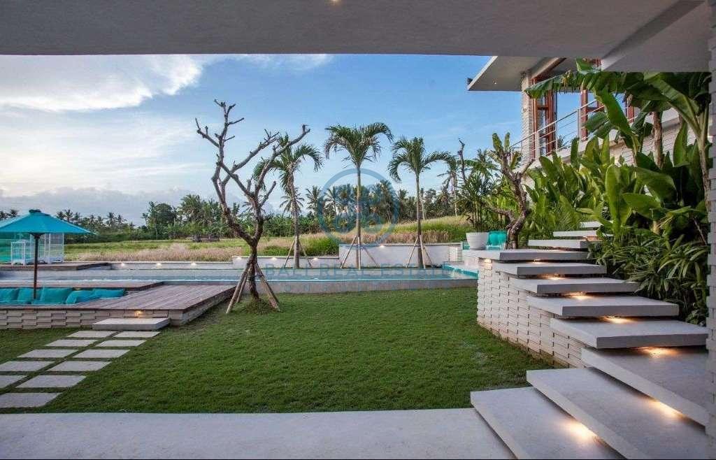 4 bedrooms villa ricefield view beraban for sale rent 35