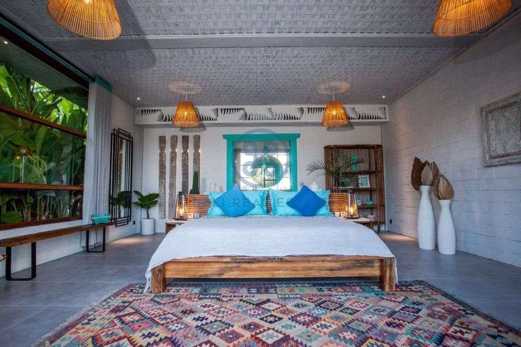 4 bedrooms villa ricefield view beraban for sale rent 8