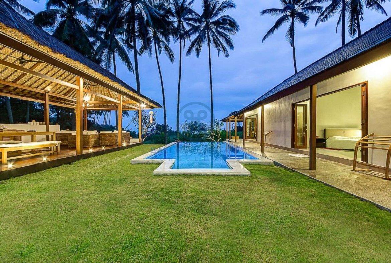 4 bedrooms villa seaside balian for sale rent 1