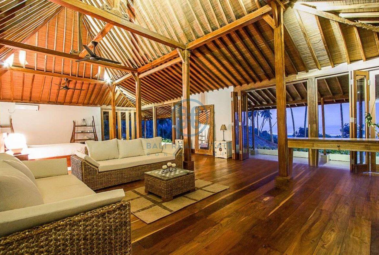 4 bedrooms villa seaside balian for sale rent 5