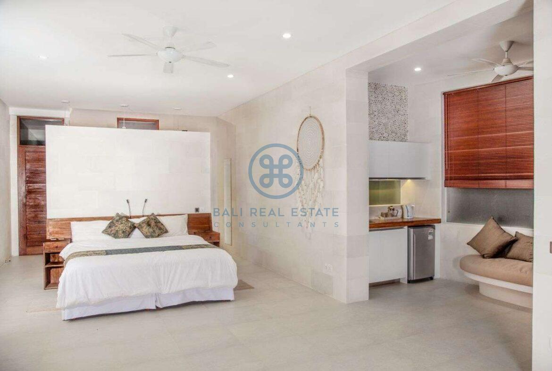 4 bedrooms villa with professional music studio ubud for sale rent 17